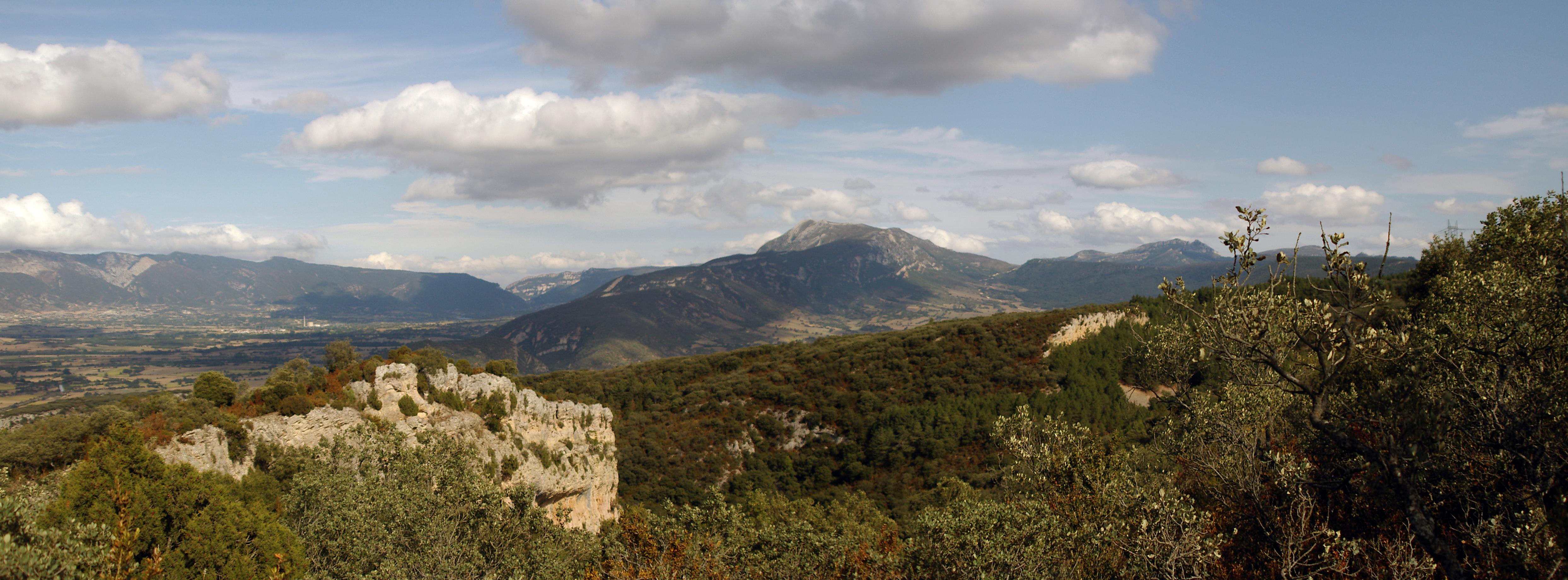 Parque Natural 'Montes Obarenes-San Zadornil'