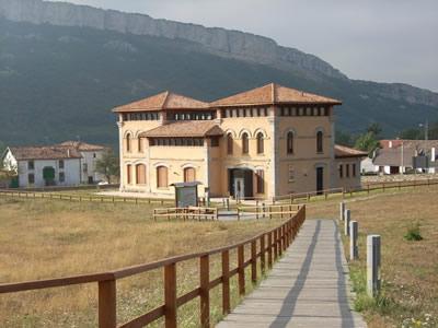 Casa del Parque de Ojo Güareña