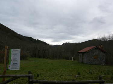 Area Recreativa Valcabrero- Picos de Europa