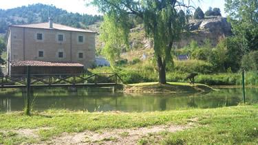 Estanque de pesca. Aula del río de Ucero (Soria)