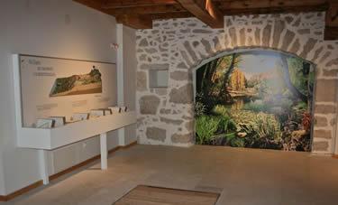 Interior Casa del Parque del Cañón del Río Lobos - Soria