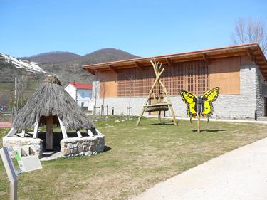 Casa del Parque de Valdeburon (Jardin)- Leon