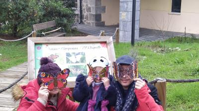 Taller de máscaras de mariposas