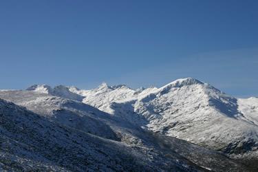 Sierra de Gredos. Panorámica con nieve. (Avila)